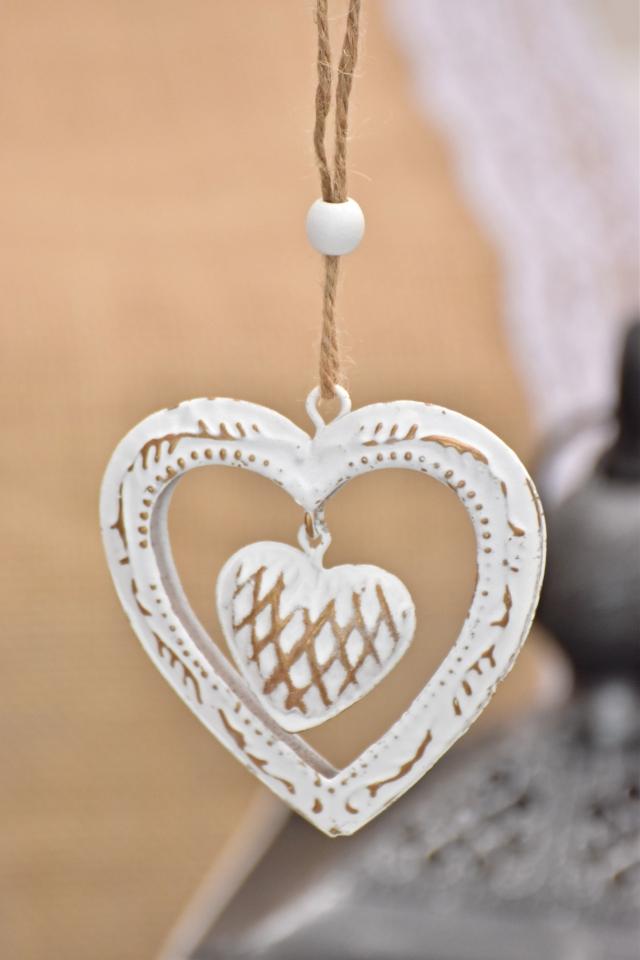 Kovová ozdoba zlatá - srdce