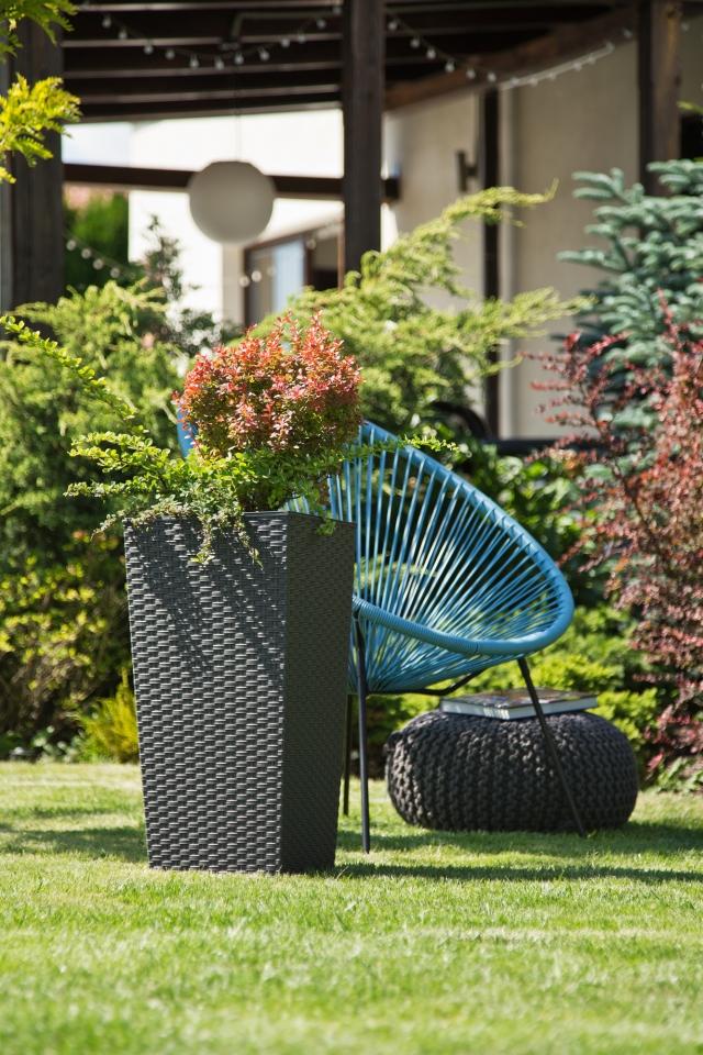 Plastový květináč Finezia ratan 250x250 mm, grafit