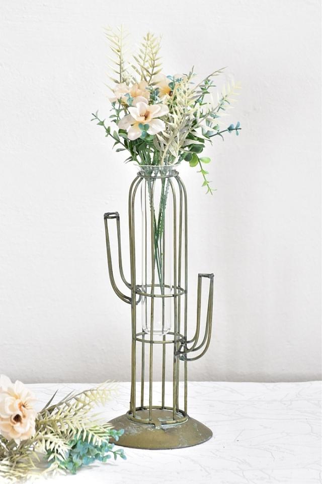 Kovová váza kaktus M