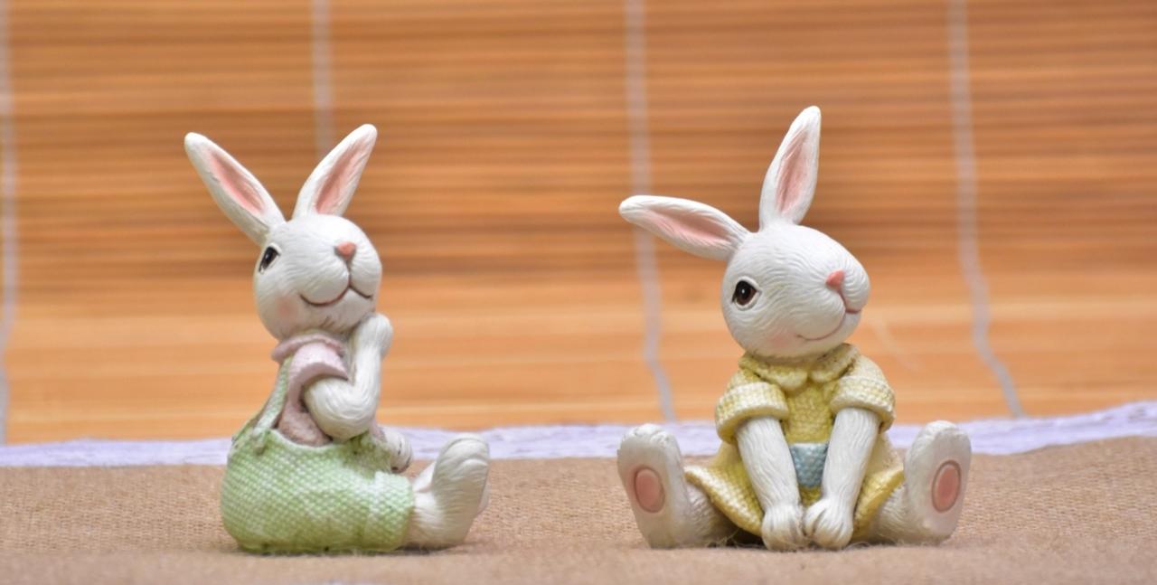 Sedící zajíc a zaječice 9,5 cm