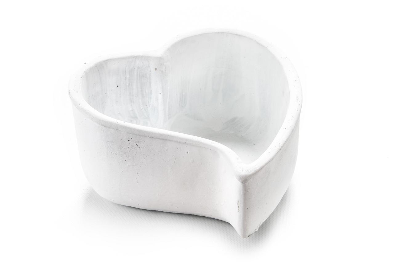Květináč srdce bílé 13x22x24 cm