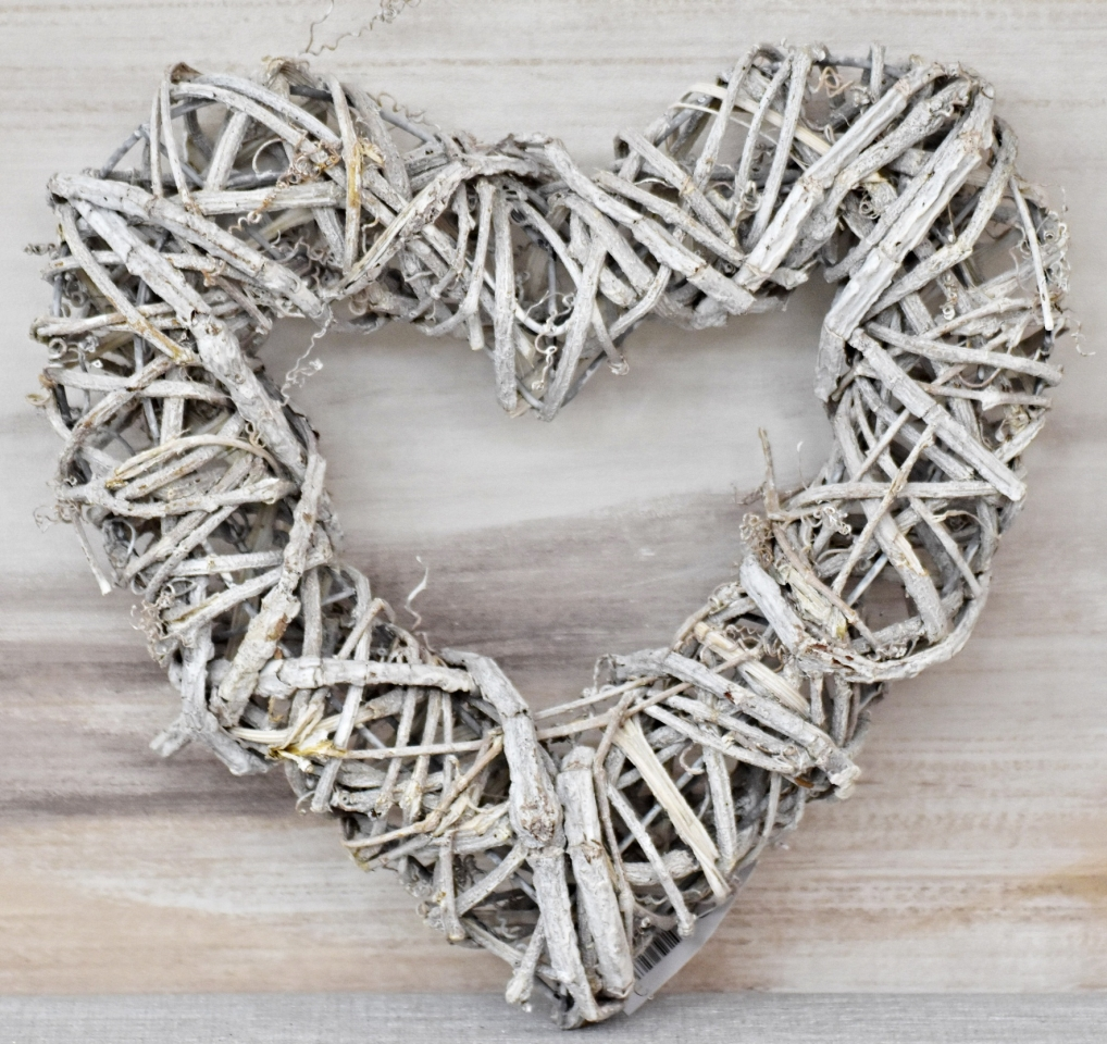 Ratanové srdce šedé 30x30 cm