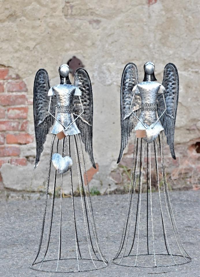 Plechový anděl Noel  stříbrný s patinou 91 cm