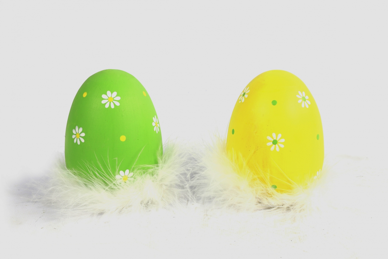 Velikonoční vajíčko s peříčky Meggie L, mix barev