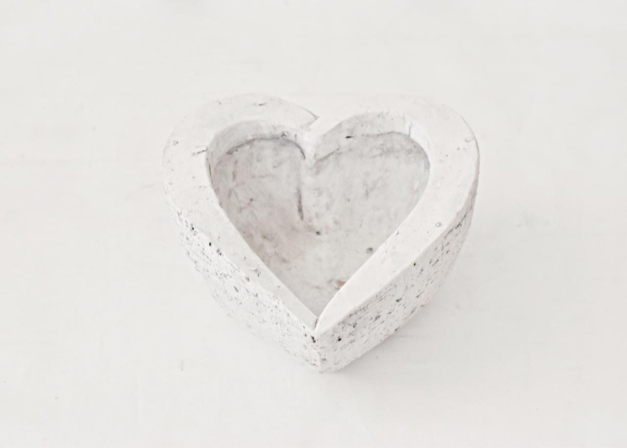 Květináč srdce 18x18x9,5 cm
