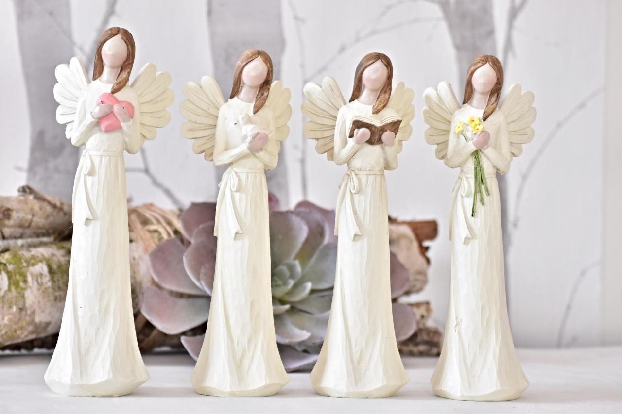 Anděl Remiel krém 25 cm