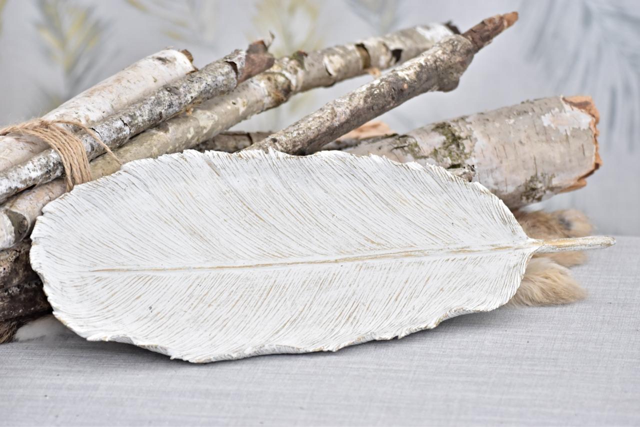 Dekorativní list, bílý s patinou