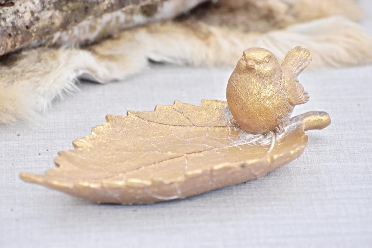 Dekorativní list s ptáčkem, zlatý