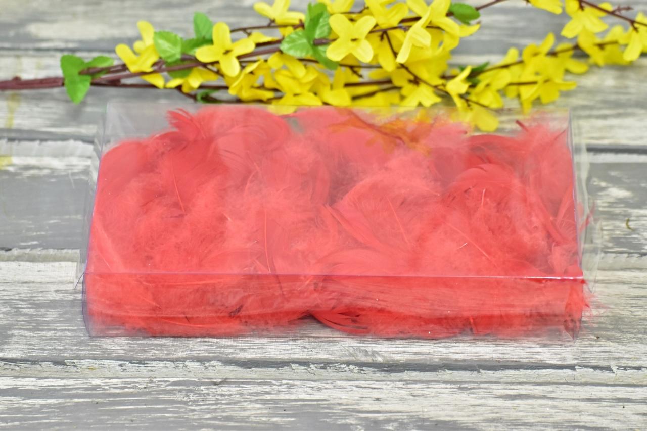 Dekorační pírka červená
