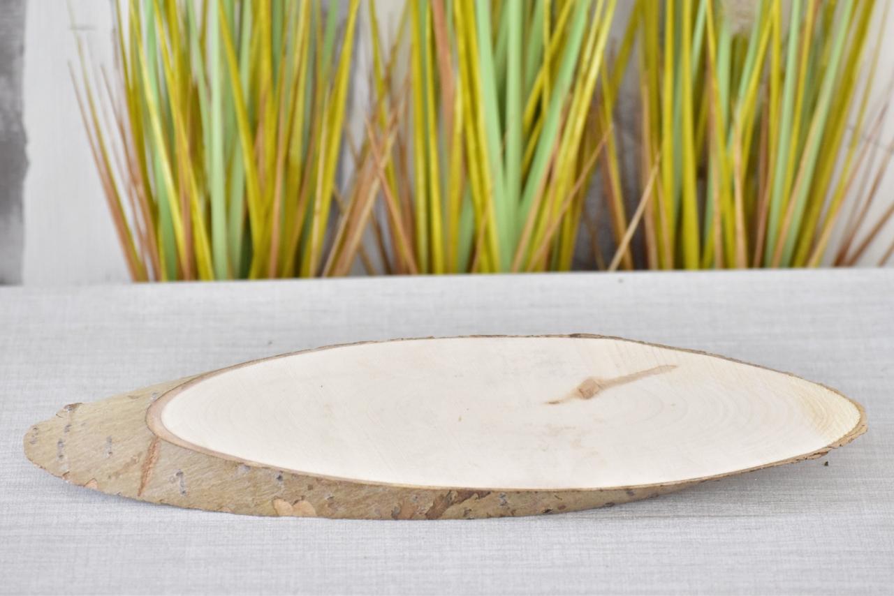 Dřevěná podložka Paulownia L, 38-43x10,5x2 cm
