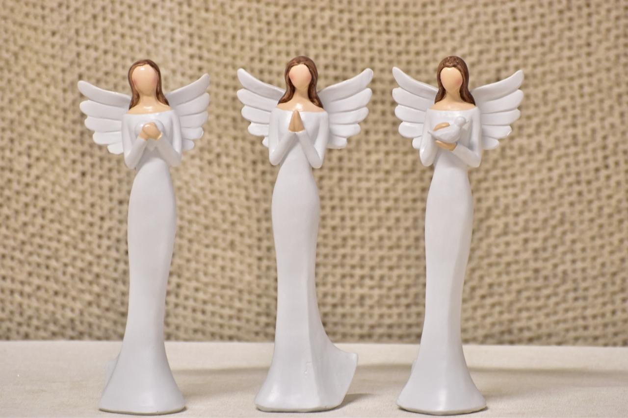 Anděl bílý 24,5 cm, mix druhů