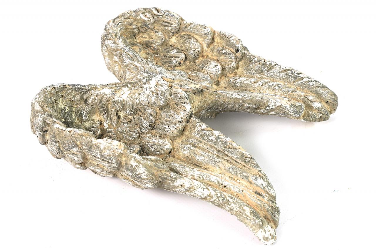 Dekorace křídla Incus 5x16x18,5 cm